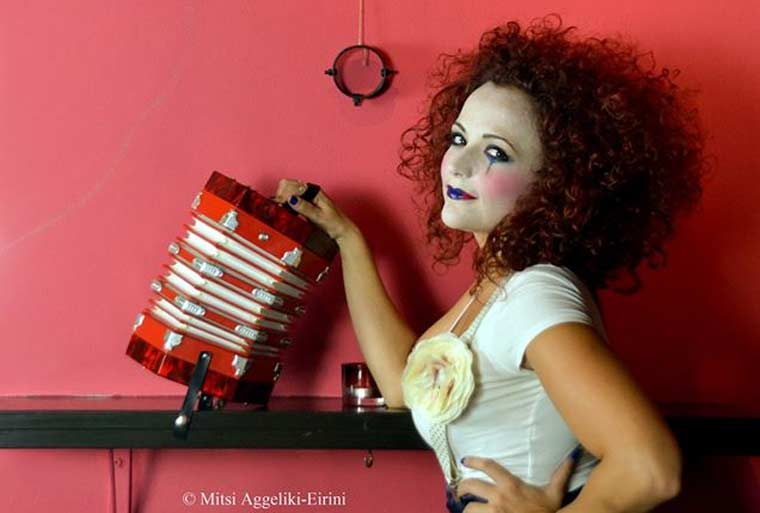 Ουρανία Φουρλάνου, «Μονόλογος» στην ομάδα «Ονειρόκυκλοι»