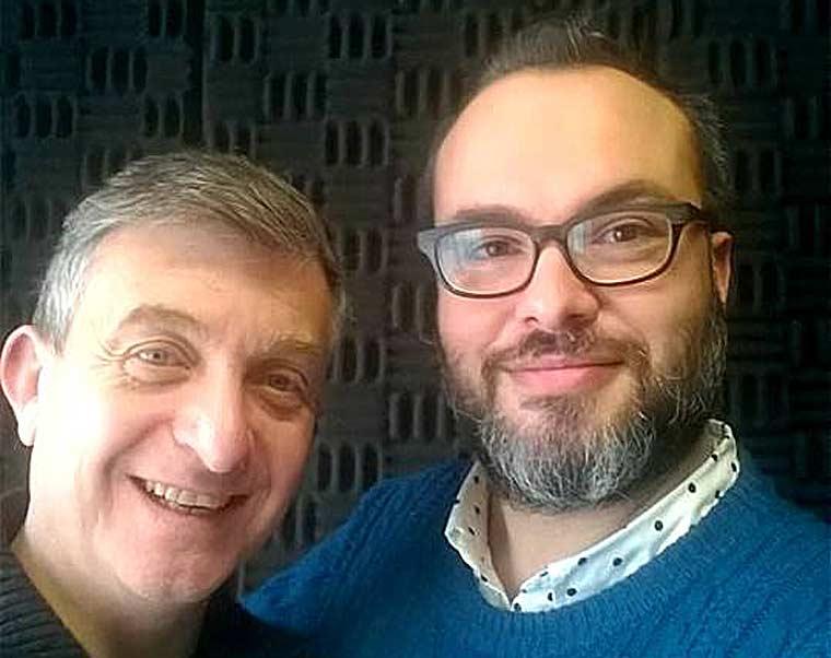 O Βαλάντης Παπαθανασίου, κοινωνιολόγος-ψυχολόγος-δάσκαλος-συγγραφέας, μιλάει στο Διονύση Λεϊμονή