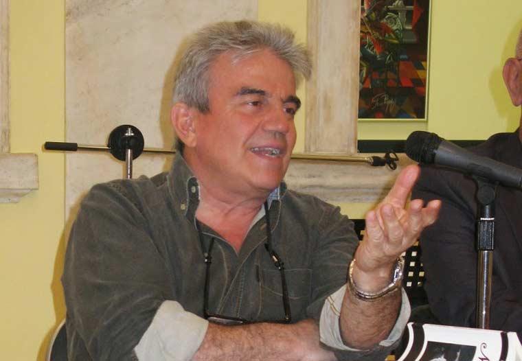Ο Νίκος Σαλτερής, εκπαιδευτικός-συγγραφέας, μιλάει στο Διονύση Λεϊμονή
