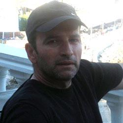 Δημήτρης Μπουζάρας