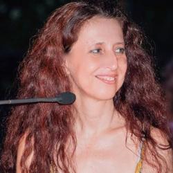 Μαιρη Ζαχαρακη